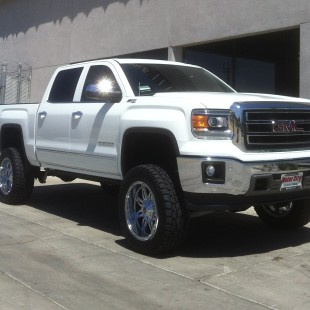 GM 2014 1500 7in lift kit 33in tires