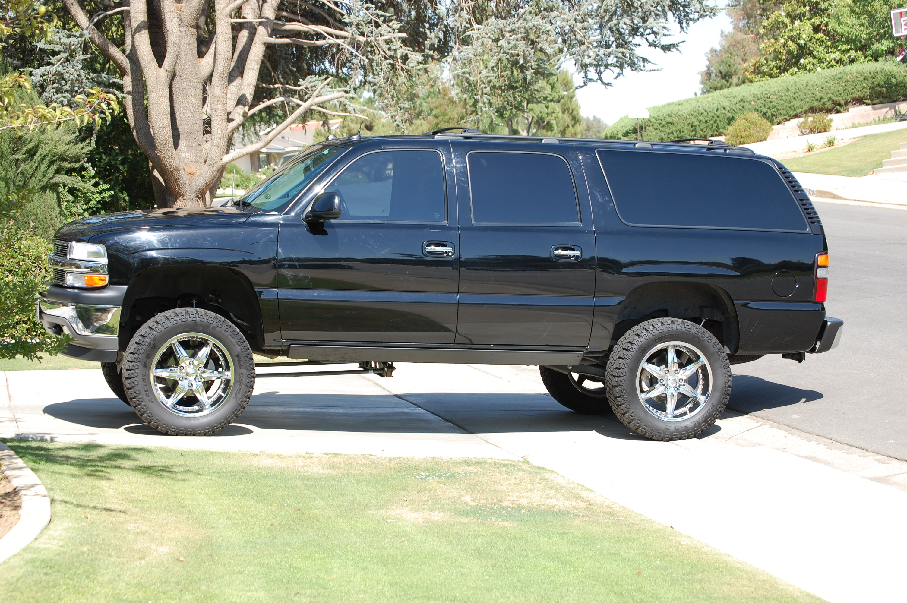 Gm Tahoe And Suburban In Lift Kit on 2005 Dodge Ram 1500 2wd Lifted
